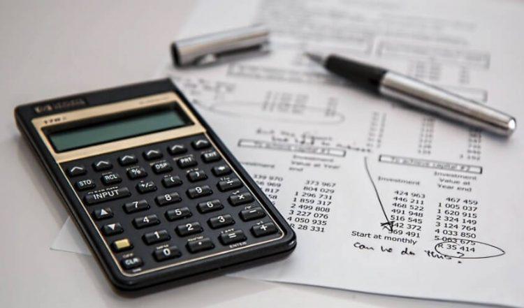 Menganalisis Piutang Tak Tertagih Berdasarkan Umur Piutang Dan Penjualan Kredit